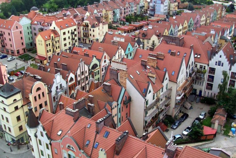 Rynek pierwotny a rynek wtórny nieruchomości - różnice