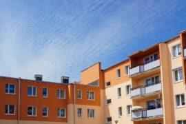 Jakie mieszkania sprzedawane są w drodze przetargu?