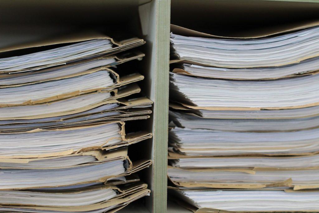 Usunięcie wpisów z księgi wieczystej - po wygraniu licytacji komorniczej
