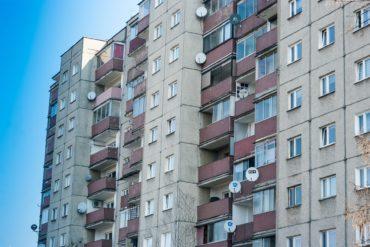 Zakup mieszkania od Agencji Mienia Wojskowego - jak wziąć udział w przetargu i czy warto?