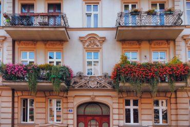Inwestowanie w mieszkania w kamienicy